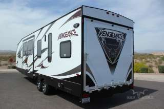 2012 WOLF PACK VENGEANCE 300 SINGLE SLIDE TOY HAULER BRAND NEW 2012