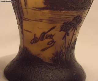Magnificent Antique French Cameo Art Glass Vase Signed De Vez