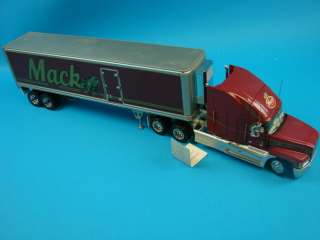 MINT Die Cast 132 1993 Mack Semi Tractor+Trailer Set Toy Display Set