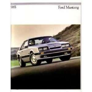 1985 FORD MUSTANG Sales Brochure Literature Book Piece