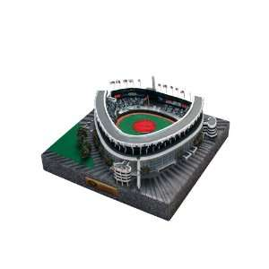 NEW YORK YANKEES Yankee Stadium Final LE Replica  Sports