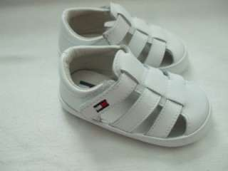 New in box TOMMY HILFIGER BABY GIRL WHITE LEATHER SANDALS SIZE 9 12