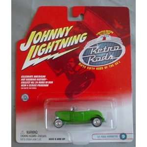 Johnny Lightning Retro Rods 32 Ford Roadster GREEN Convertible #9